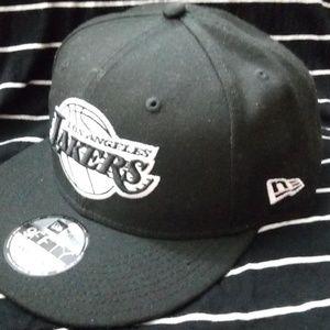 black L.A Lakers snapback